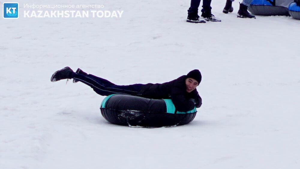 Зимние катания в великолепных предгорьях Алматы. фото: Эрик Куватов