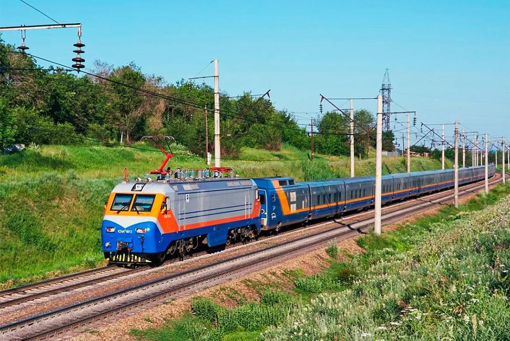 На железнодорожных станциях в СКО разрешили посадку и высадку пассажиров